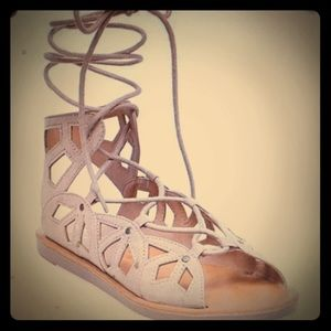 Tan flip flop sandals